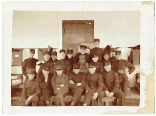 Henri met zijn regiment van de Prins Hendrikkazerne